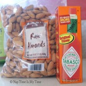 tabasco baked almonds