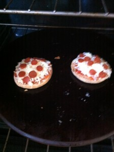 Easy English Muffin Pizza