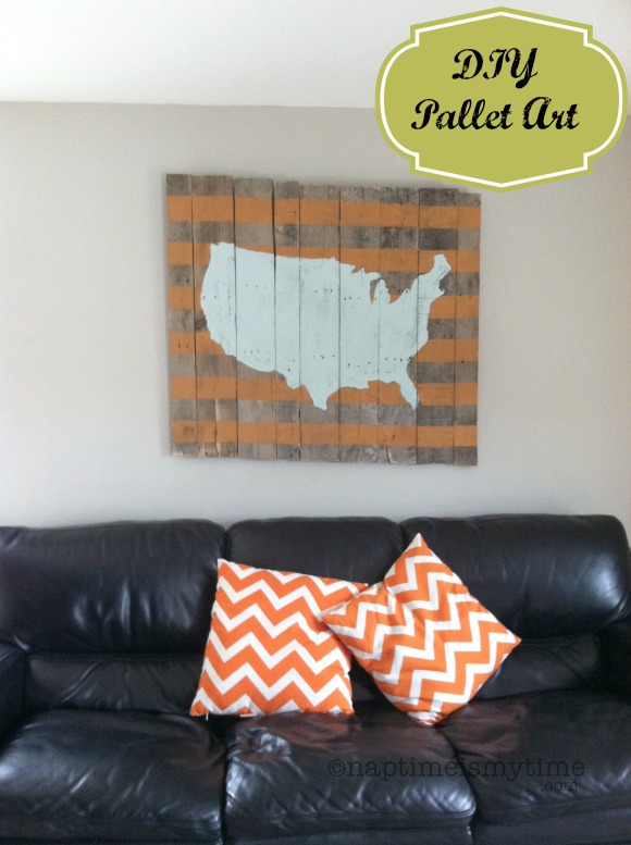 This DIY Pallet Art USA Map is easy to make! Check out naptimeismytime.com for the tutorial!