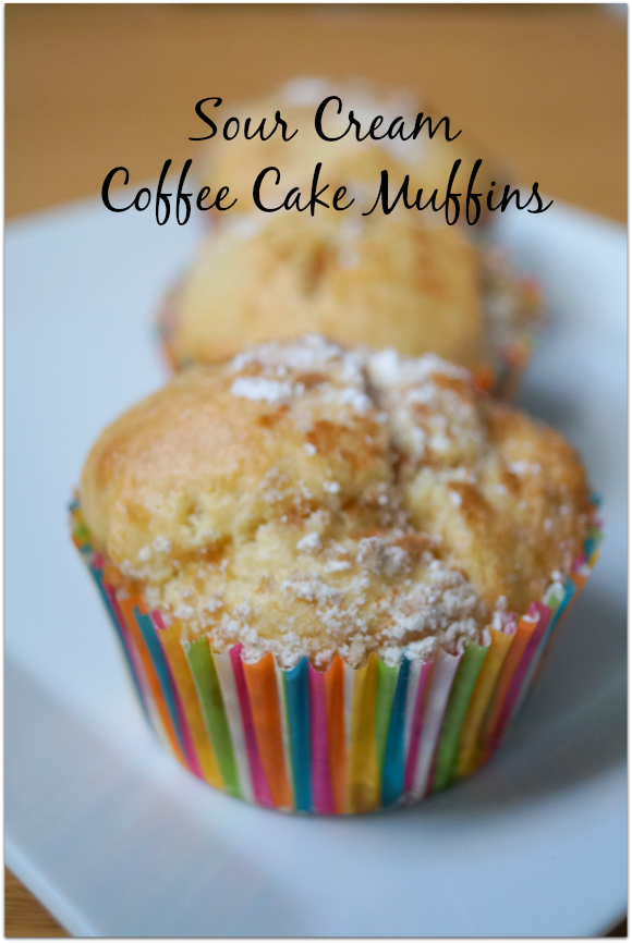 Delicious Sour Cream Coffee Cake Muffins from naptimeismytime.com #sponsored