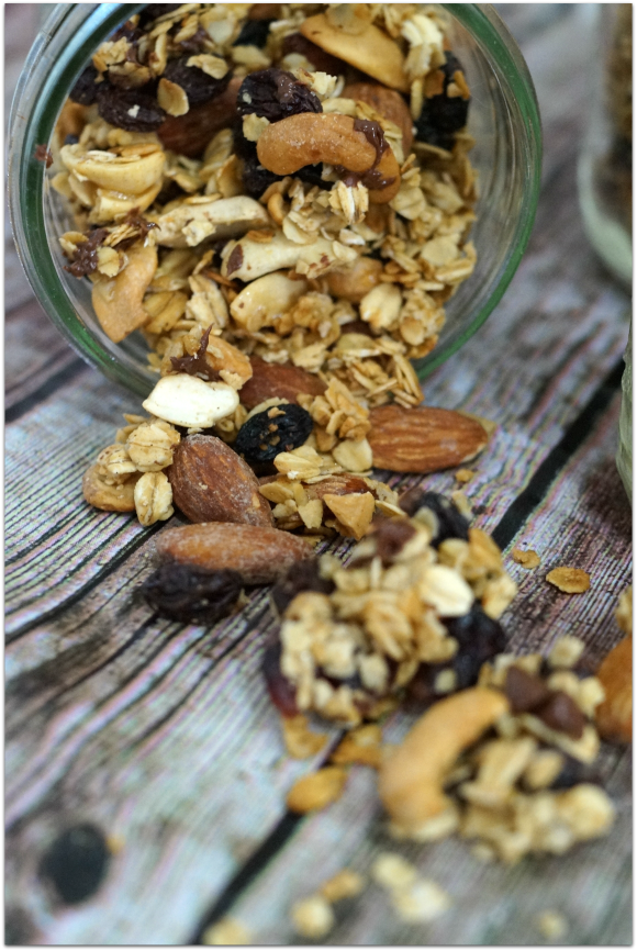 Prepping for a road trip? Bring along this healthy and simple homemade granola recipe. #DropShopAndOil #ad