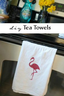 Make your own DIY Tea Towels using heat transfer vinyl. This perfect beginner craft makes a great housewarming gift! #PalmoliveMultiSurface #ad