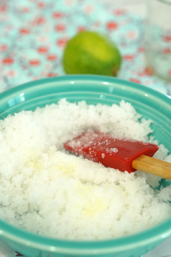6 Simple Ways to Start Running Again and a Lime Coconut Oil Salt Scrub tutorial #RewardHealthyChoices #ad