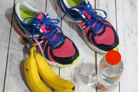 Get back into a healthy routine by following these 6 Simple Ways to Start Running Again #RewardHealthyChoice #ad