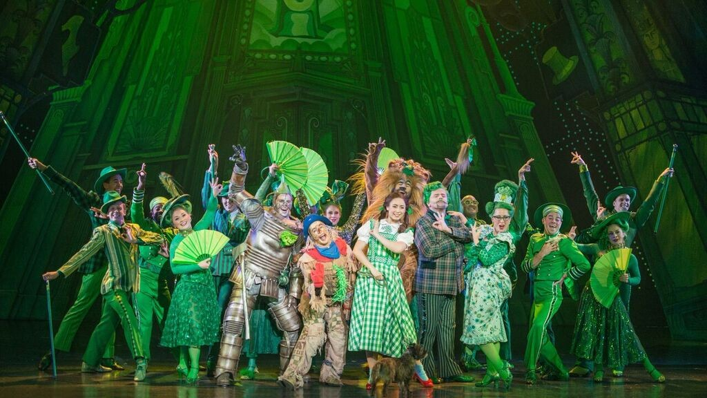 Enter to win the Wizard of Oz Ticket Giveaway today! The Wizard of Oz is certain to be a big hit for fans of all ages! #WizardOfOzBoston