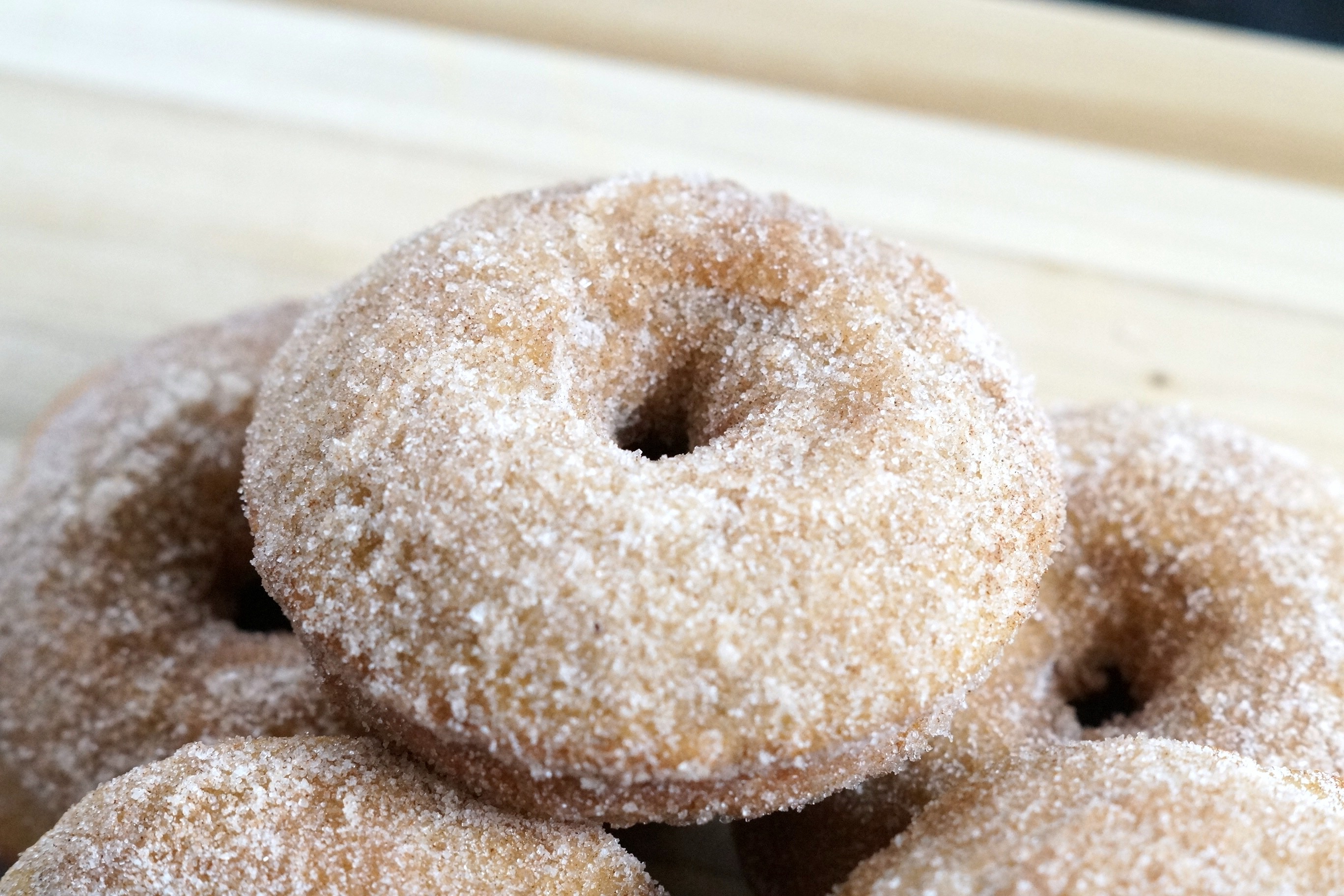 Learn how to make cinnamon sugar baked donuts by following this simple recipe! Cinnamon sugar baked donuts are perfect for lazy weekends!